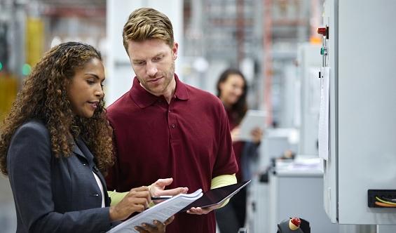 Das neue Fachkräfteeinwanderungsgesetz©iStock/Morsa Images