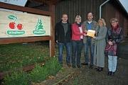 Übergabe der Botschafterplakette an Hof Windhorst